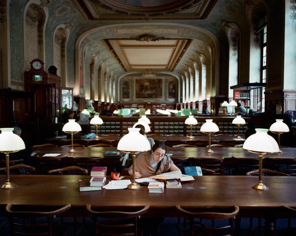 La biblioteca universitaria della Sorbona. - Cyrille Weiner