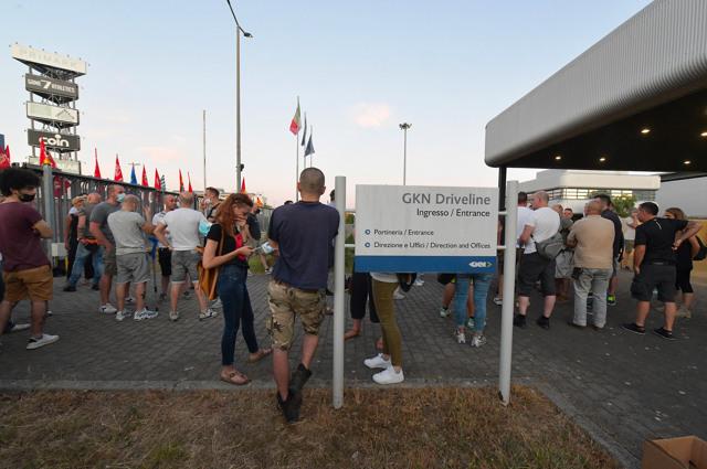Campi Bisenzio, stabilimento della Gkn Driveline, 9 luglio 2021. Il presidio dei lavoratori contro i licenziamenti di tutti i 422 dipendenti. - Aleandro Biagianti, Agf