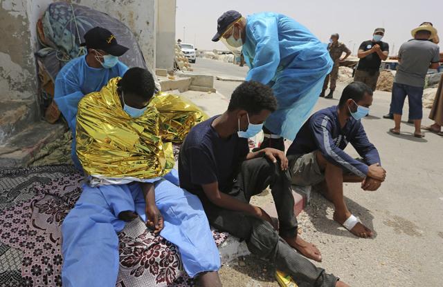 Aumentano i fondi italiani per la guardia costiera libica...