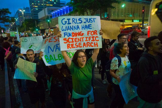 Fuga dal Brasile e dai suoi istituti di ricerca rimasti senza fondi